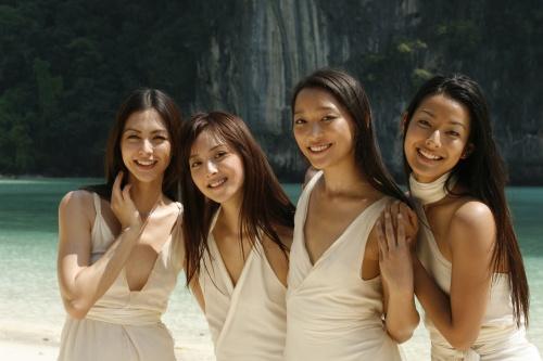 2008年、「爽健美茶」のCMで全国版CMデビュー