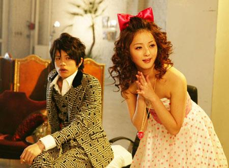 2008年、「ハンサム★スーツ」で女優デビュー