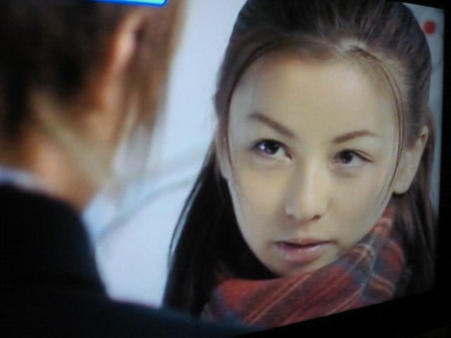 2001年、「カバチタレ」で女優デビュー