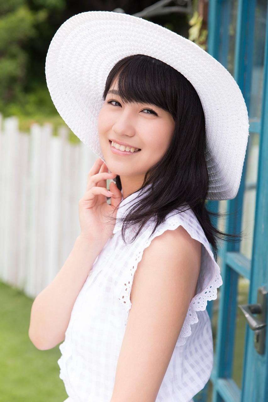 小嶋真子の性格は?かわいい私服も大公開!【画像多数】 | aikru