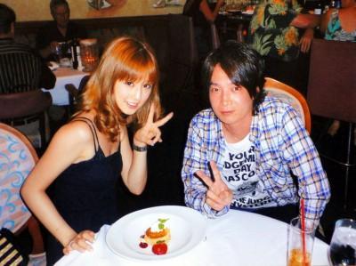 2010年、美容師の菊池勲と結婚