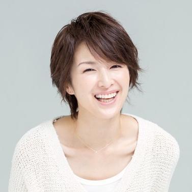 楽しそうな笑顔の吉瀬美智子
