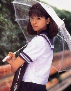 中山忍さん雨