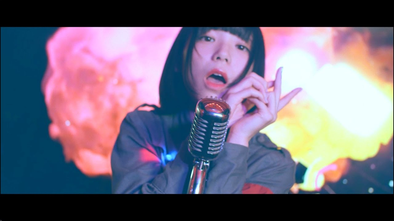 BiSH / 本当本気[OFFICIAL VIDEO] - YouTube